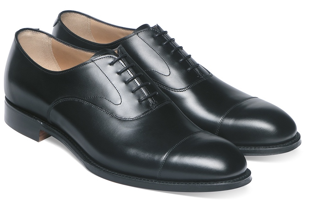 black oxfords, The Best Suit and Shoe Combinations, what colour shoes should you wear with your suit?