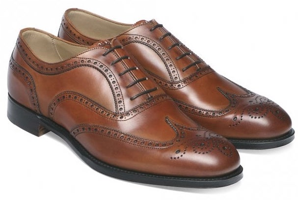 brown brogues, The Best Suit and Shoe Combinations, what colour shoes should you wear with your suit?