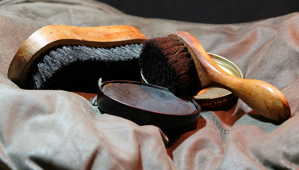 how to polish shoes, how to care for leather shoes
