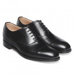 Harrington R Capped Oxford in Black Calf Leather | Dainite Rubber Sole