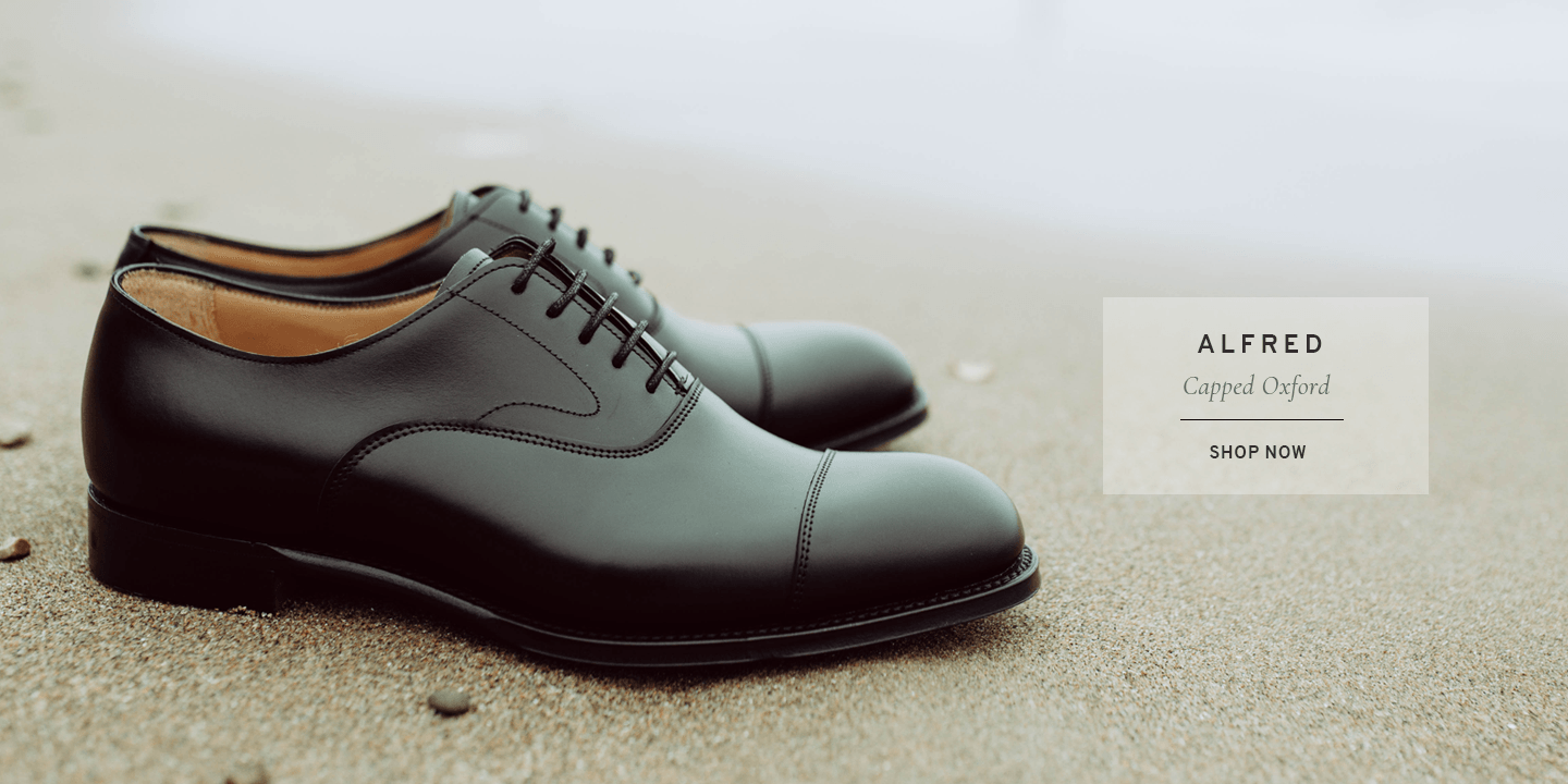 Alfred Capped Oxford in Black Calf Leather